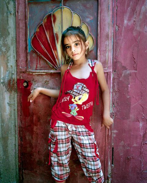 Alia 9, BourEl Barajneh Camp 2011 - L'Enfant-Femme