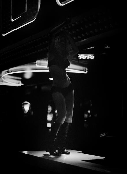 Bar Dancer, 2010