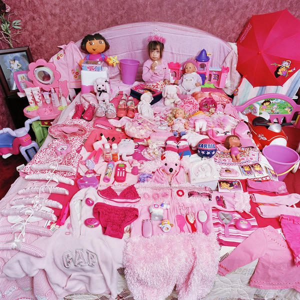 Alexandra and Her Pink Things, Light jet Print, 20