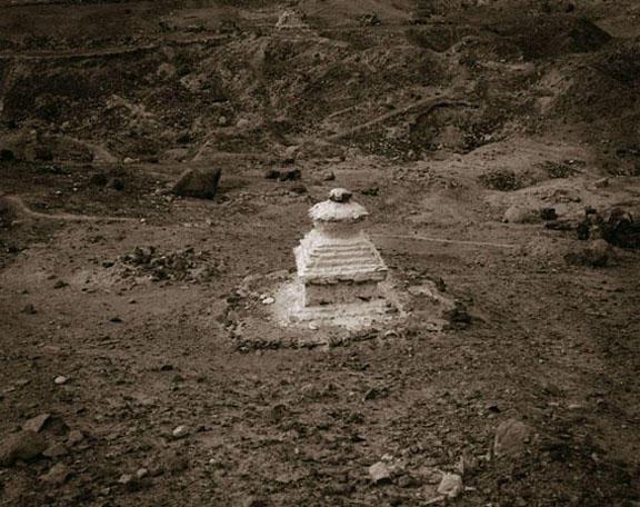 Chorten, Nubra Valley, Ladakh, India, 2005