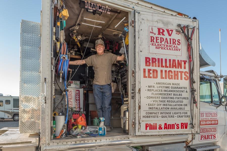 Phil in His Man Cave. Quartzsite, AZ 2014