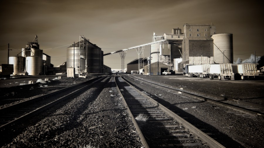 Grain Elevators, Ritzville, Washington