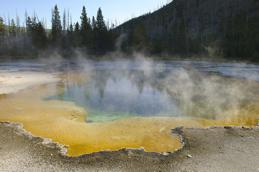 Emerald Pool, Black Sands Basin